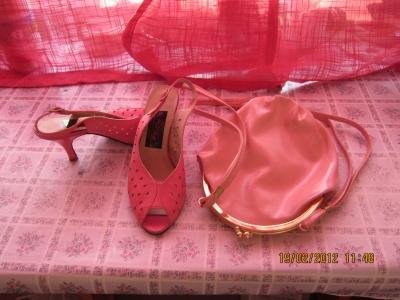Продам Туфли-босоножки розовые в Санкт-Петербурге